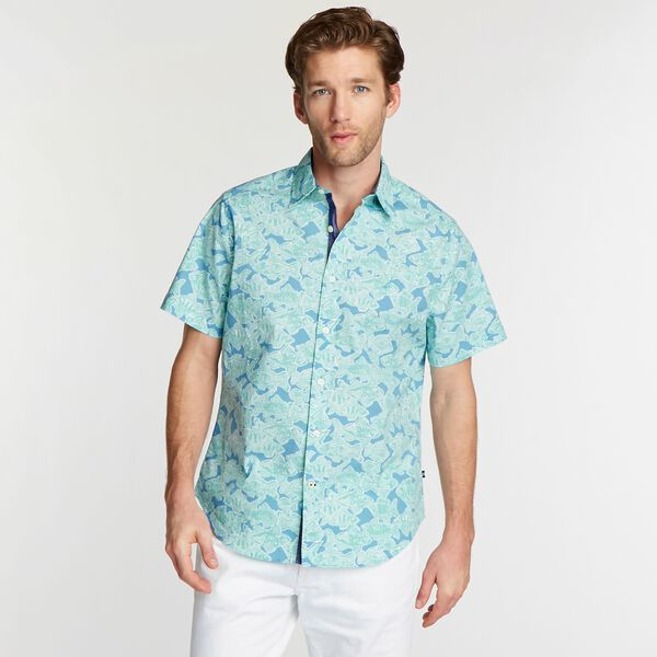 CLASSIC FIT SHORT SLEEVE POPLIN SHIRT IN FISH PRINT - Silver Lake Blue