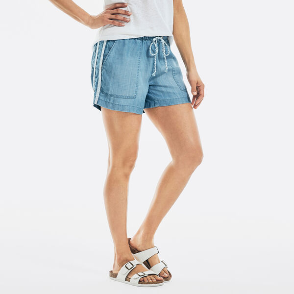 """4.5"""" SUSTAINABLY CRAFTED PULL-ON DENIM SHORT - Distressed Blue Wash"""