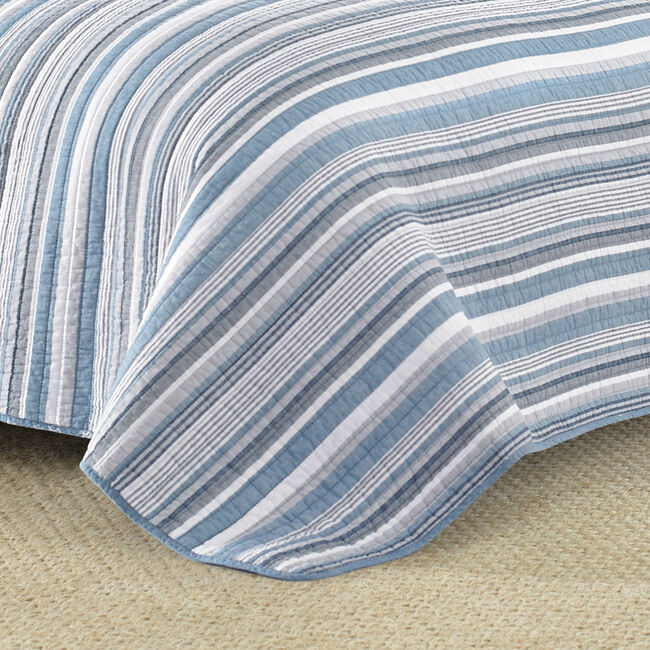 Jettison Quilt Set in Grey Blue,Blue Heather,large
