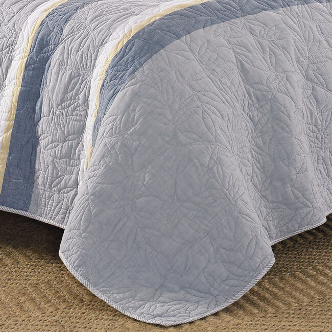 Sea Palms Quilt in Grey,Grey Heather,large