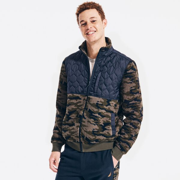 QUILTED CAMOUFLAGE SHERPA FLEECE - Olive