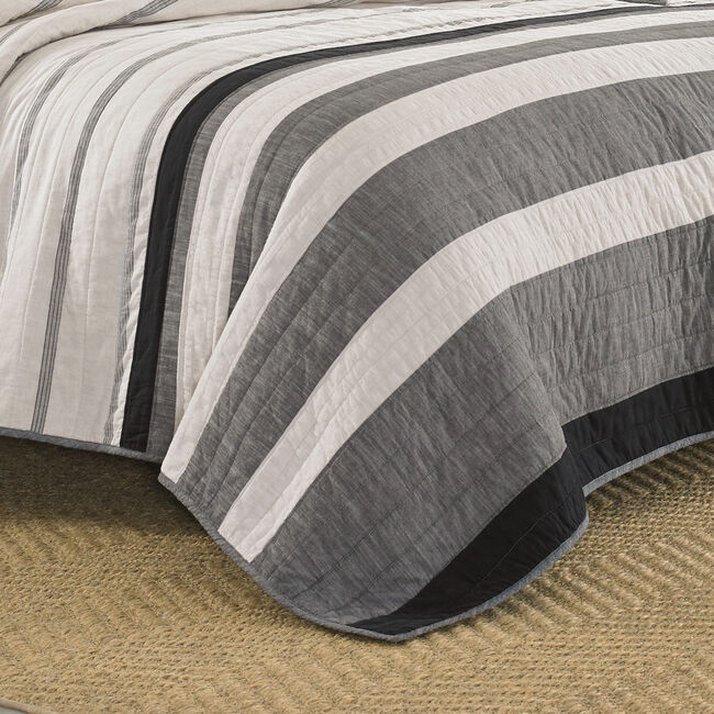 Kelsall King Quilt in Charcoal,Charcoal Heather,large