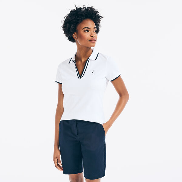 SUSTAINABLY CRAFTED CONTRAST-TRIM SPLIT-NECK POLO - Bright White
