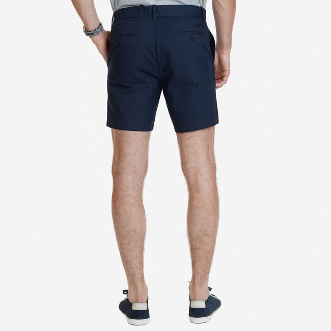 "Slim Fit Stretch Twill Shorts - 7"" Inseam,True Navy,large"