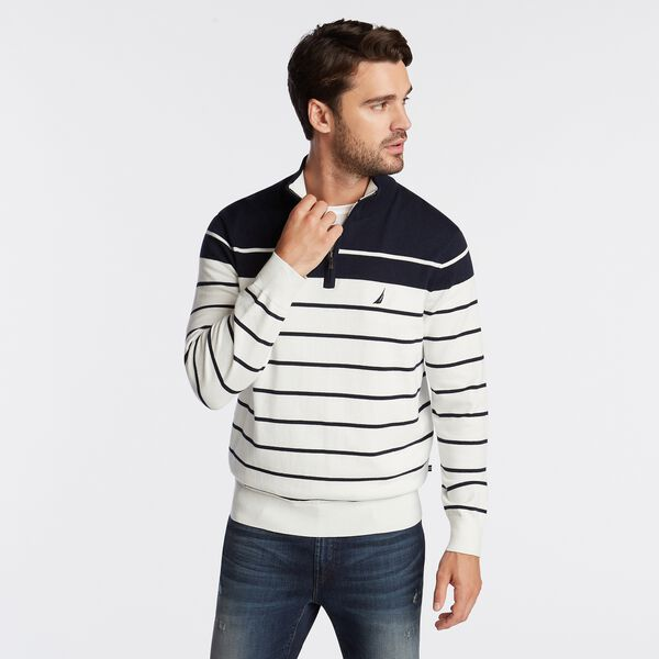 QUARTER ZIP NAVTECH SWEATER IN ENGINEERED STRIPE - Marshmallow