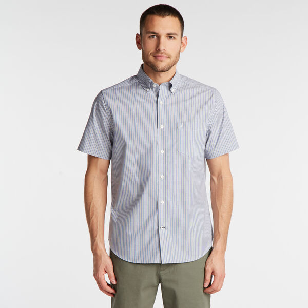 CLASSIC FIT SHORT SLEEVE WRINKLE-RESISTANT SHIRT IN STRIPE - Bright White