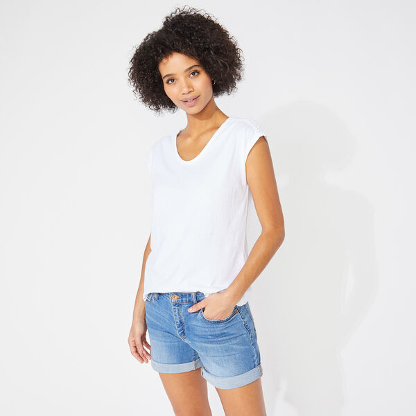 CROCHET-TRIMMED V-NECK TOP - Bright White