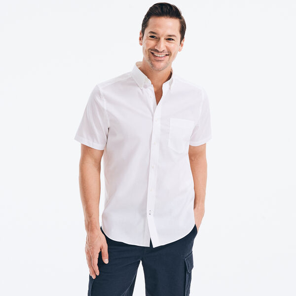 CLASSIC FIT WRINKLE-RESISTANT SHORT SLEEVE SHIRT - Bright White