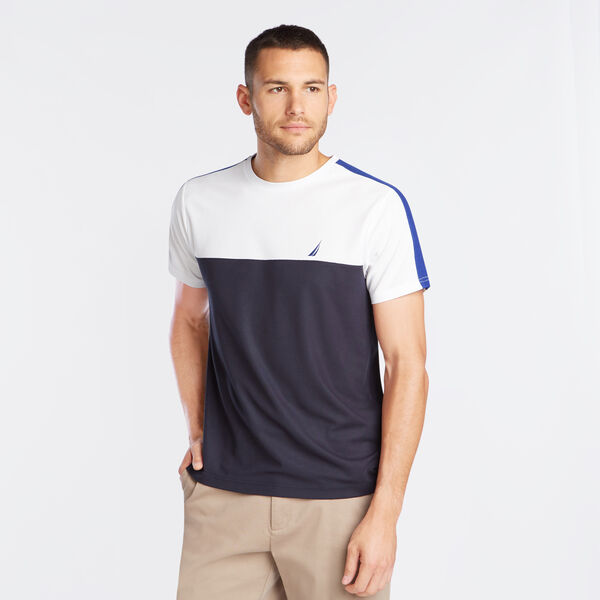 PIECED COLORBLOCK PERFORMANCE T-SHIRT - Bright White