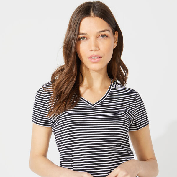 CLASSIC STRIPE V-NECK T-SHIRT - True Black