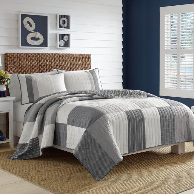 Calvert Quilt,Grey Heather,large