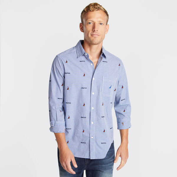 CLASSIC FIT STRETCH OXFORD IN EMBROIDERED BOAT PRINT - Clear Sky Blue