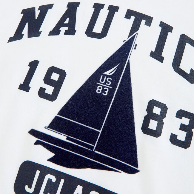 SUSTAINABLY CRAFTED SAILBOAT GRAPHIC T-SHIRT,Bright White,large