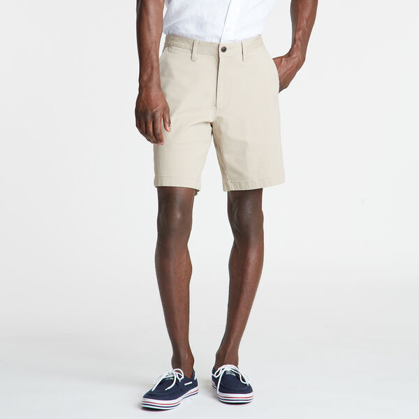 "8.5"" CLASSIC FIT DECK SHORTS WITH STRETCH - True Khaki"