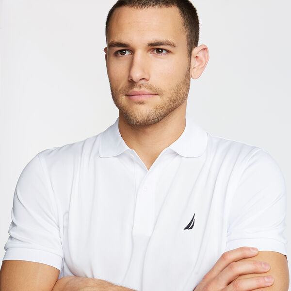CLASSIC FIT PERFORMANCE POLO - Bright White