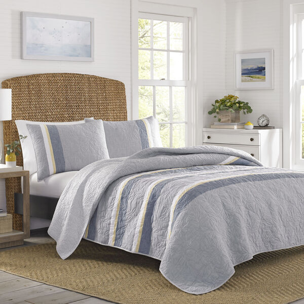 Sea Palms Quilt in Grey - Grey Heather