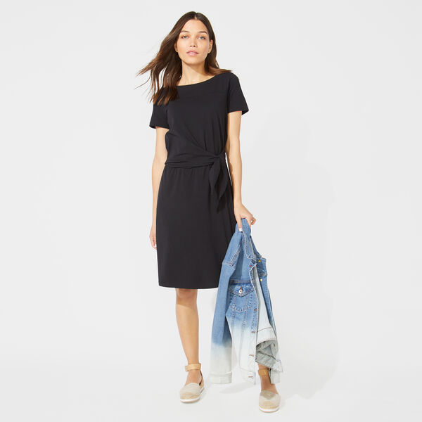 SOLID TIE WAIST KNIT DRESS - True Black