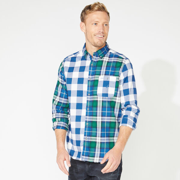 CLASSIC FIT LONG SLEEVE PLAID MASHUP SHIRT - Clear Sky Blue