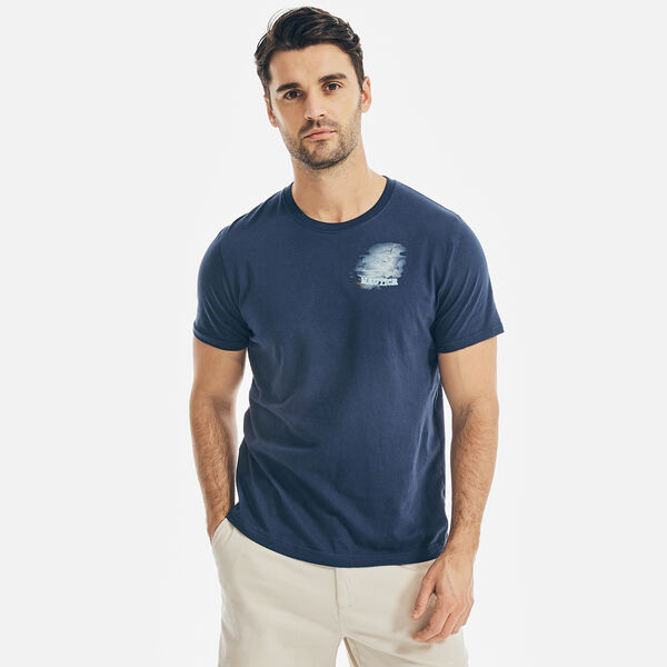 ISLAND HOPS GRAPHIC T-SHIRT - J Navy