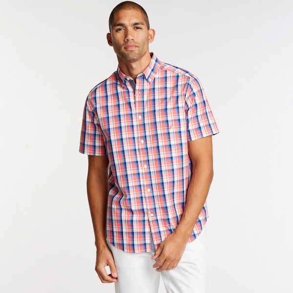 Short Sleeve Classic Fit Shirt in Plaid - Spiced Coral