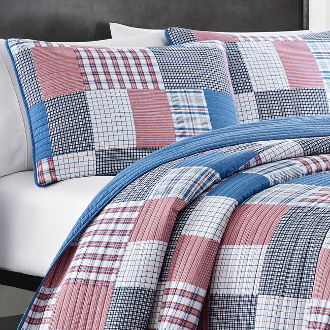 Seaside Quilt Set in Navy & Red Patchwork,Nautica Red,large