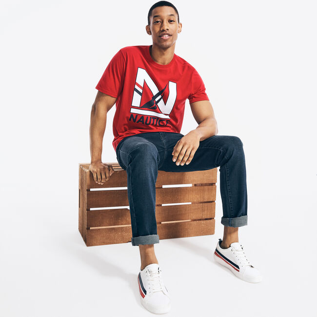 SUSTAINABLY CRAFTED GRAPHIC T-SHIRT,Nautica Red,large