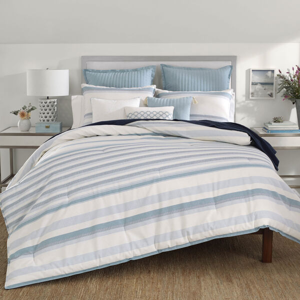 Locklear Mineral Comforter Set in Medium Blue - Castaway Aqua