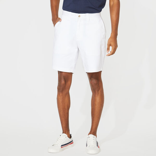 "8.5"" CLASSIC FIT DECK SHORTS WITH STRETCH - Bright White"