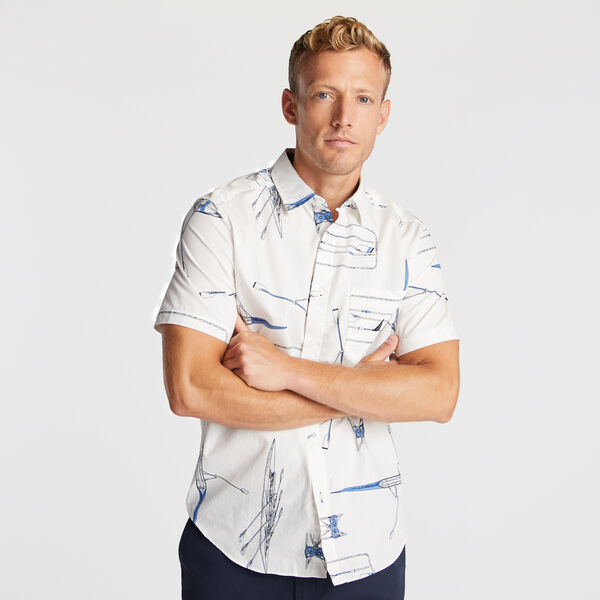 CLASSIC FIT SHORT SLEEVE SHIRT IN ROW BOAT PRINT - Sail White