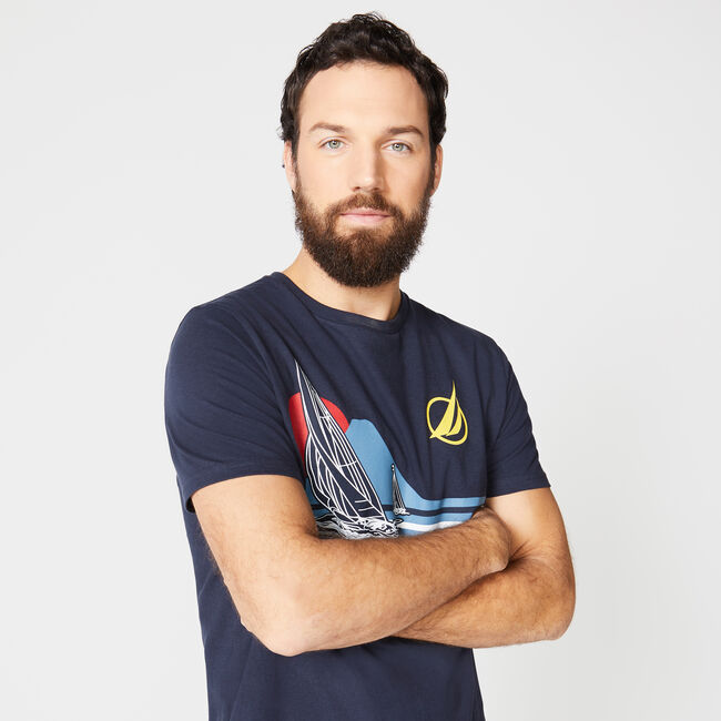 SAILBOAT GRAPHIC TEE,Navy,large