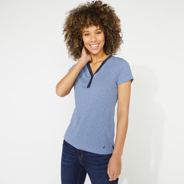RIBBED KNIT HENLEY TOP - Aquabreeze