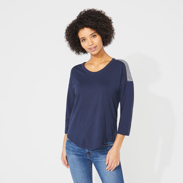 STRIPE-ACCENTED THREE-QUARTER SLEEVE TOP - Stellar Blue Heather