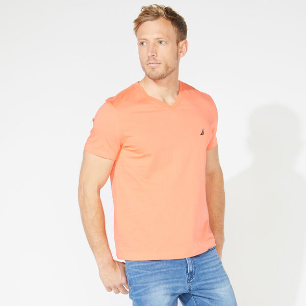 SOLID V-NECK T-SHIRT - Livng Coral