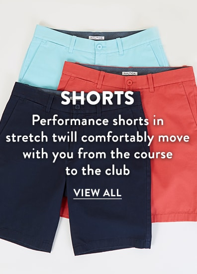 Performance golf shorts in stretch twill comfortably move with you from the course to the club
